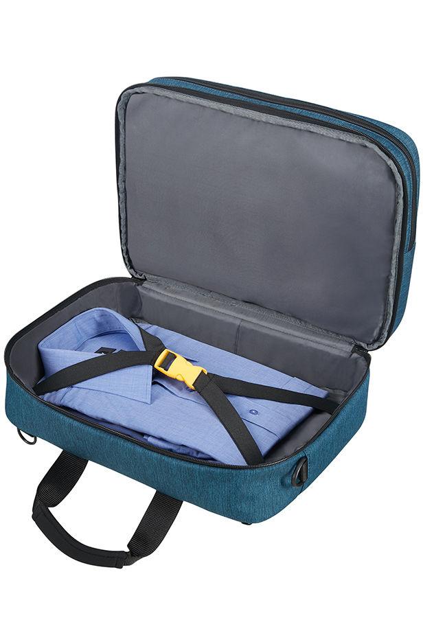 """wieder verfügbar: Ryanair KLEINES Handgepäckstück voll ausgereizt! 3-Way Boarding Bag 15.6"""" von American Tourister"""