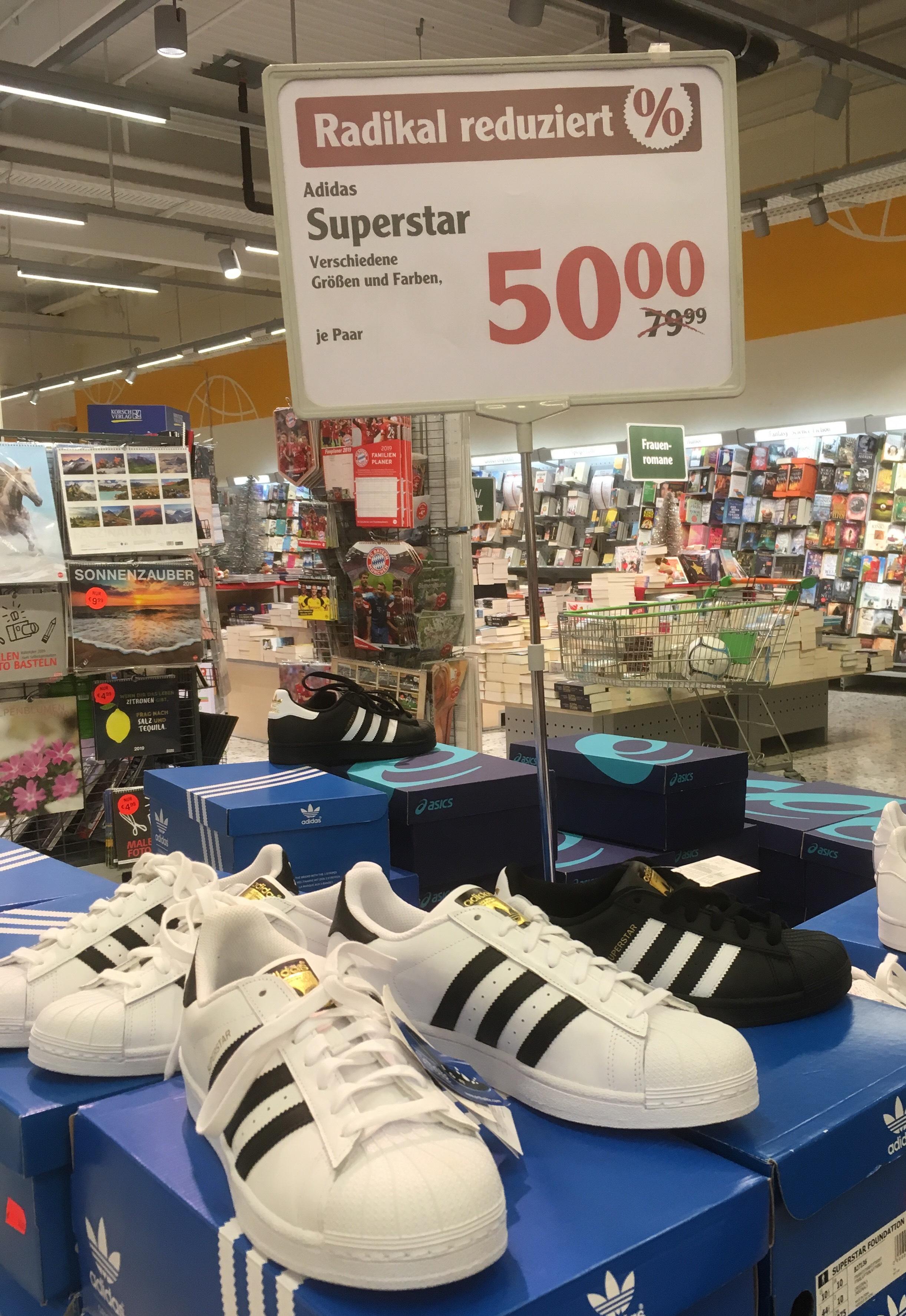 Lokal Maintal Adidas Superstar