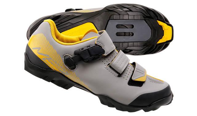 Diverse Shimano MTB & Rad Schuhe ab 29,90 z.B. Shimano SH-ME3 o. SH-MT3