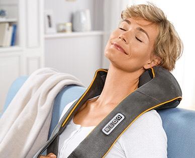CURAmed  Nacken-Massagegerät