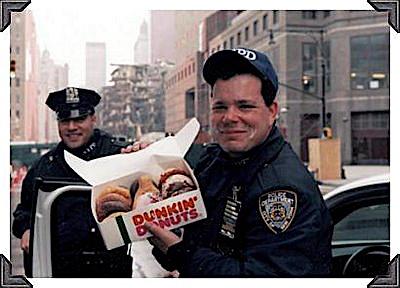 [Dunkin Donuts App]  1 Kaffee Getränk (S) Kaufen und Donut gratis bekommen