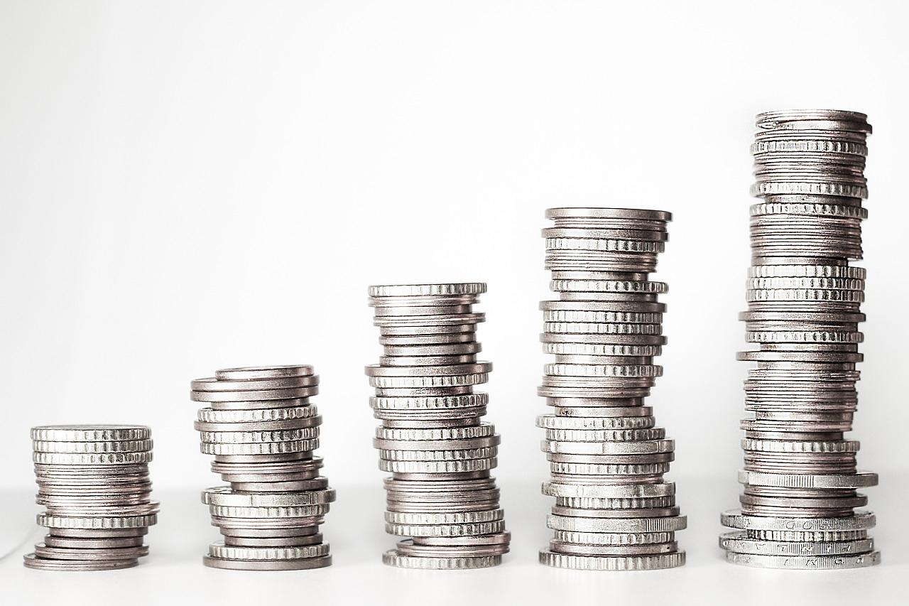 Alten Kredit umschulden mit erstklassigen Konditionen - CHECK24 Crazy Kredit Deal (-13 % Zins möglich)