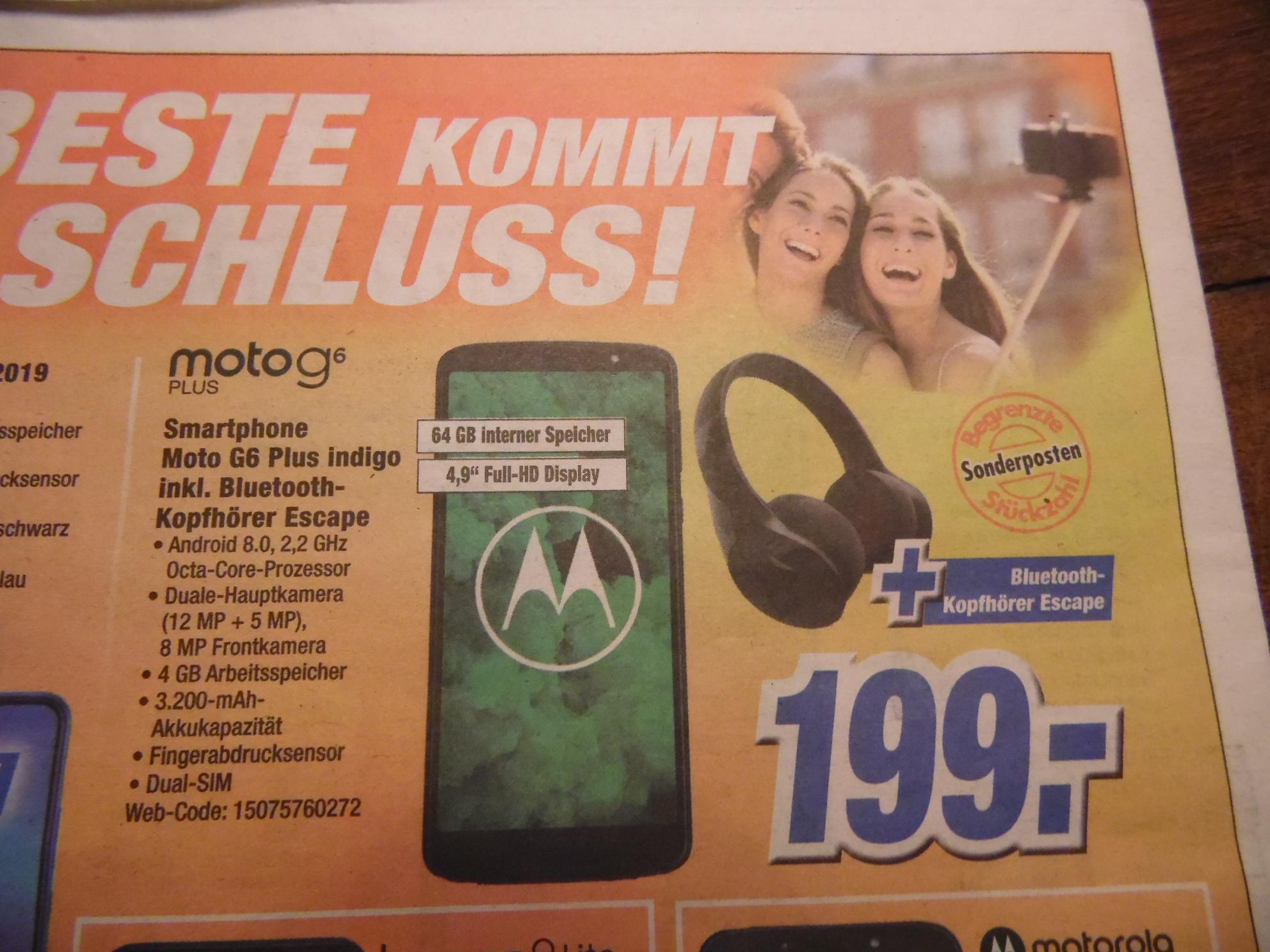 Lokal Bonn: Motorola Moto G6 Plus (5,9 FHD+, Dual Sim, 64/4 GB, 12/5/8 MP, 3200 mAh, Android 8) + Motorola Escape BT-Kopfhörer