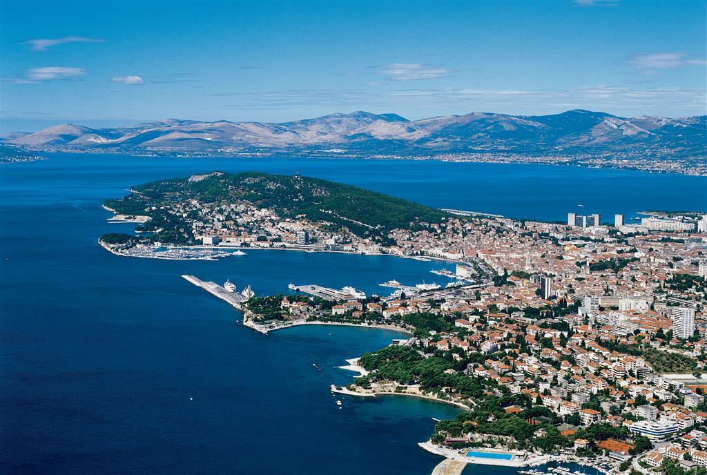 Flüge: Kroatien ( April - Mai 2019 ) Hin- und Rückflug von Stuttgart nach Split oder Pula ab 16€