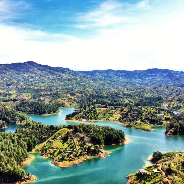 Kolumbien [Juni / Juli] Hin- und Rückflug mit Air Europa von Frankfurt nach Medellin ab 379 €
