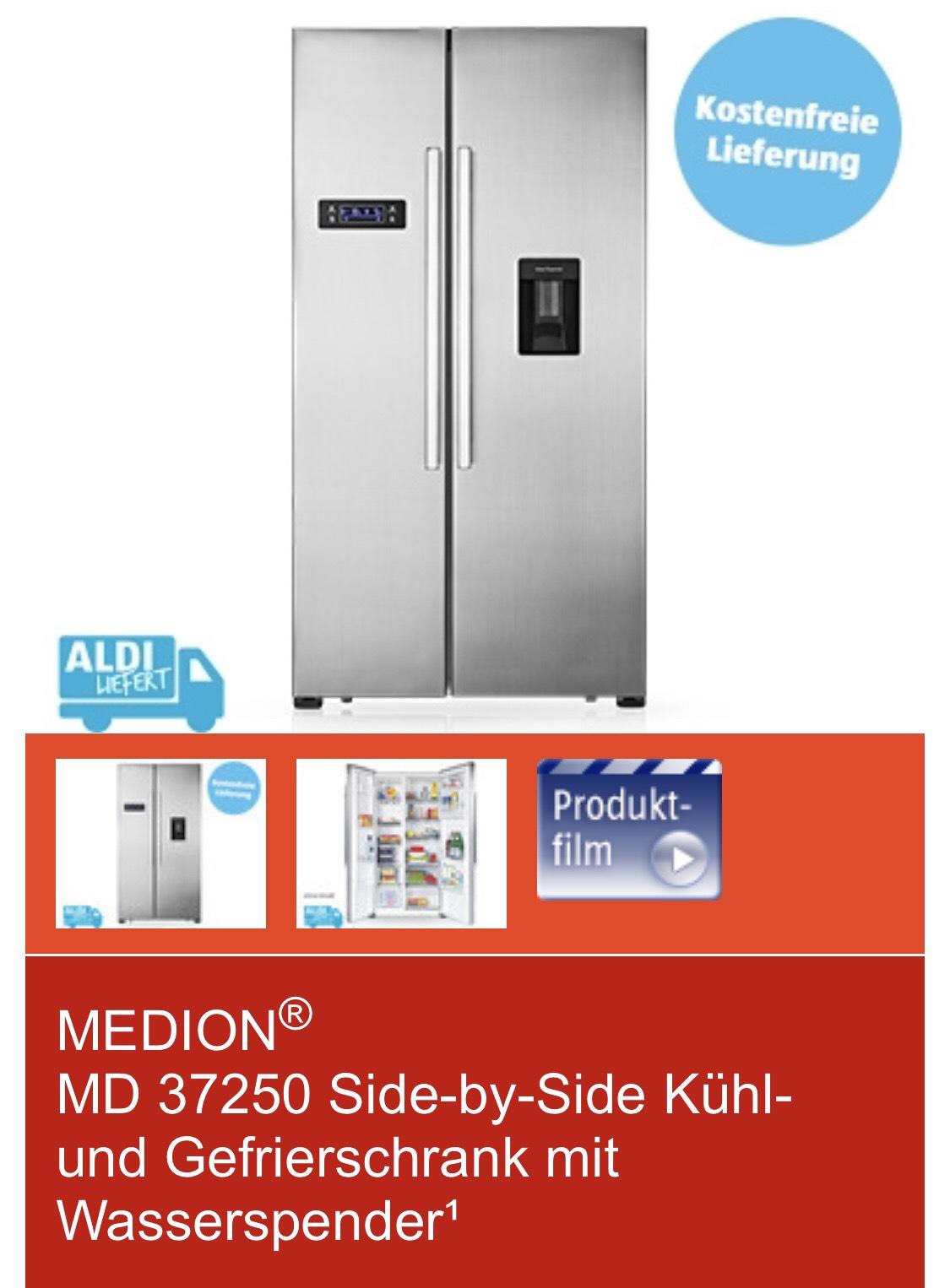 Side-by-Side Kühl- und Gefrierschrank mit Wasserspender