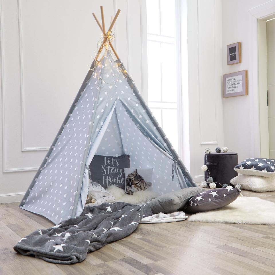 Tipi Spielzelt fürs Kinderzimmer beim Dänischen Bettenlager