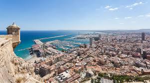 Flüge: Alicante / Spanien [Januar - Februar] Hin und Zurück von Düsseldorf und Berlin ab 18,48€ inkl. Handgepäckkoffer