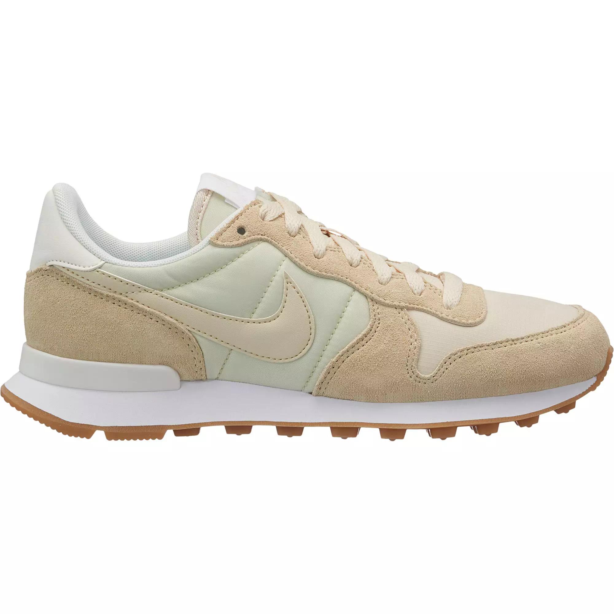 15% extra Rabatt auf ausgewählte Schuhe bei SportScheck (Sale inkl.), z.B. Nike Internationalist für Damen