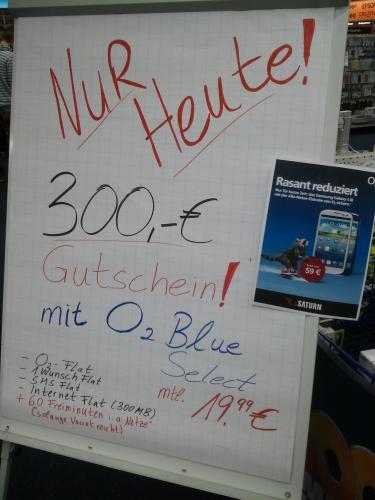 """[Lokal Saturn Freiburg] 24 Monate """"o2 Blue select + 60 Minuten"""" und 300€ Saturn-Gutschein"""