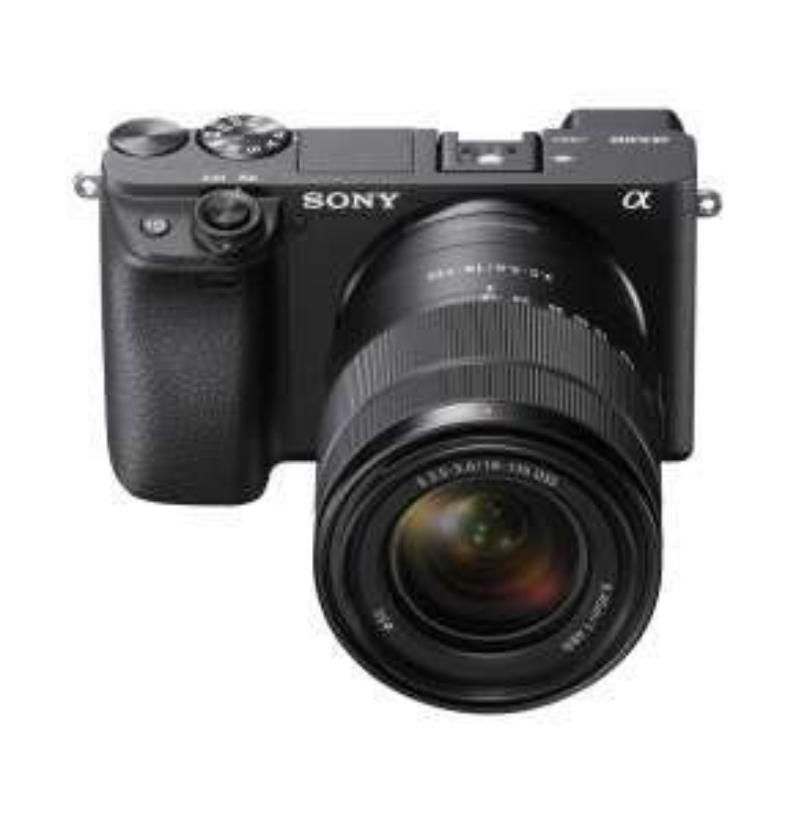 Sony Alpha ILCE-6400 mit Kit-Objektiv 18-135mm wieder bestellbar bei Amazon.fr