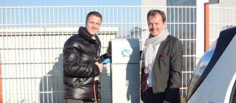 Gratis tanken für Elektroautos an der Kartbahn in Kerpen bei Ralf Schuhmacher