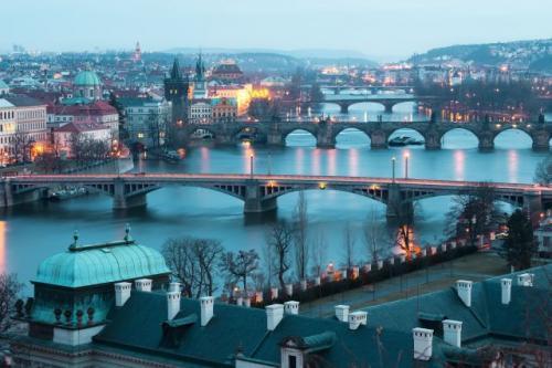 Hotels: 4* NH Hotel Berlin für 39,50€/DZ und 5* Sheraton Hotel in Prag für 82,50€/DZ (Nur heute)