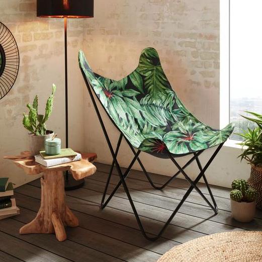Klappbarer Sessel mit Tropenprint