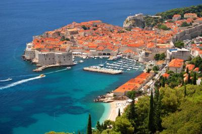 Flüge: Dubrovnik / Kroatien ( Mai - Oktober ) Hin- und Rückflug von Berlin, Stuttgart, München uvm. nach Dubrovnik ab 50€