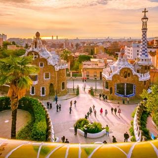 Flüge nach Barcelona (Girona) ab 15,98€ Hin und Zurück (7,99€ one-way) von Hahn (Frankfurt-Hahn) (März - Mai)
