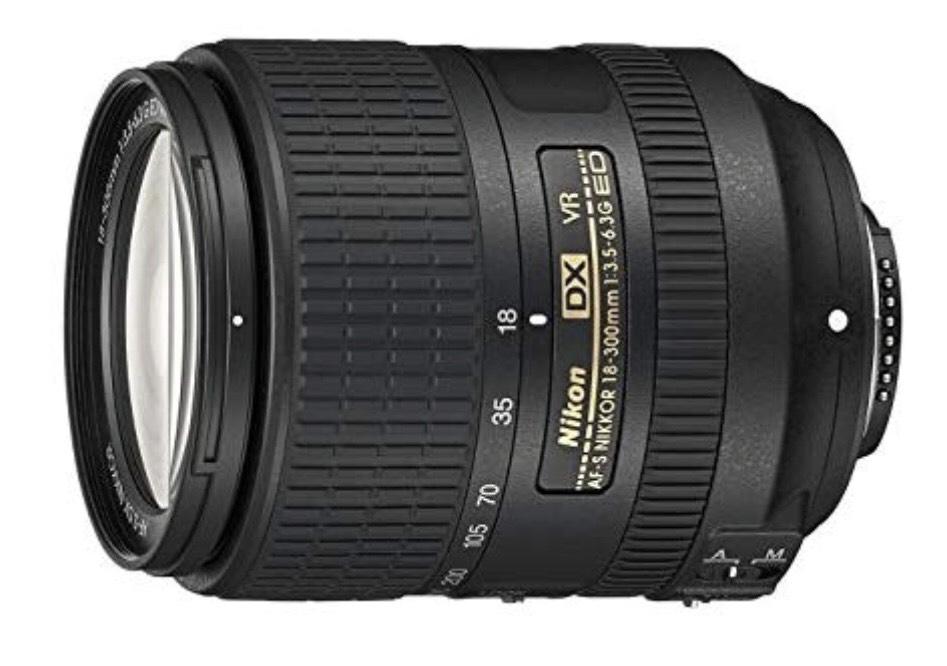 [Amazon] Nikon Nikkor AF-S DX 18-300mm 1:3,5-6,3G ED VR-Objektiv