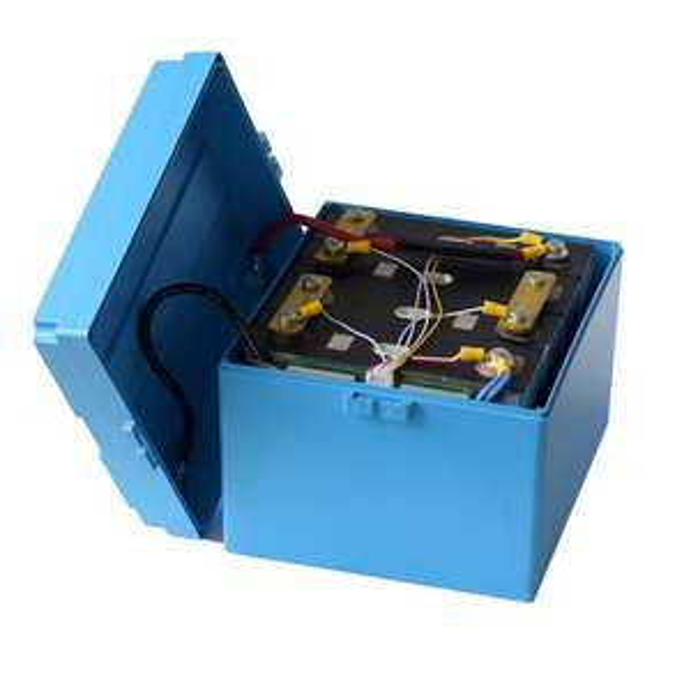 12V 100Ah LiFePO4 Akku mit BMS ab 400€ z.B. für Solaranlage oder Wohnmobilbatterie-Ersatz