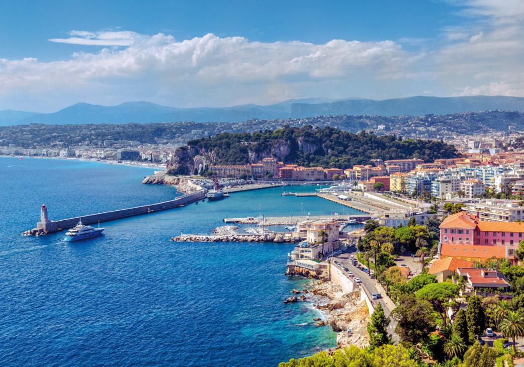 Flüge: Côte d'Azur [April - Mai] Hin und Zurück von Stuttgart, Berlin, Weeze nach Nizza, Marseille, Beziers, Toulouse ab 18,48€ / 4,99€ Amex