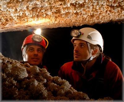 [LOKAL] nähe STUTTAGRT Höhlenexpedition (4–5-stündige Anfängertour) in Bad Urach in der Falkensteiner Höhle für 83,90€ (statt 139€) pro Person
