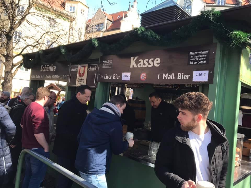 [Lokal: MUC Viktualienmarkt] Schaufelbier - Jubiläum