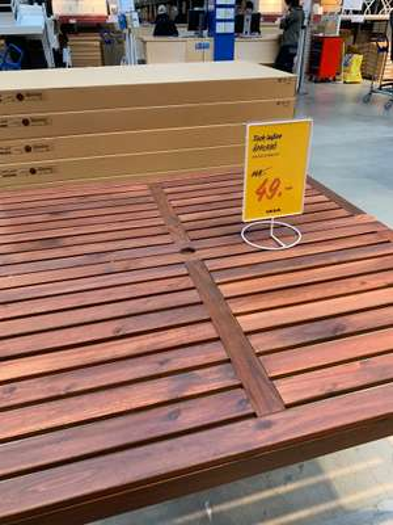 [Lokal IKEA Berlin Tempelhof] ÄPPLARÖ Gartentisch Holz 140x140 cm für 49€