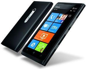 """Lumia 900 Schwarz """"fast"""" neu. Ab 243€ (Einzelstück)"""