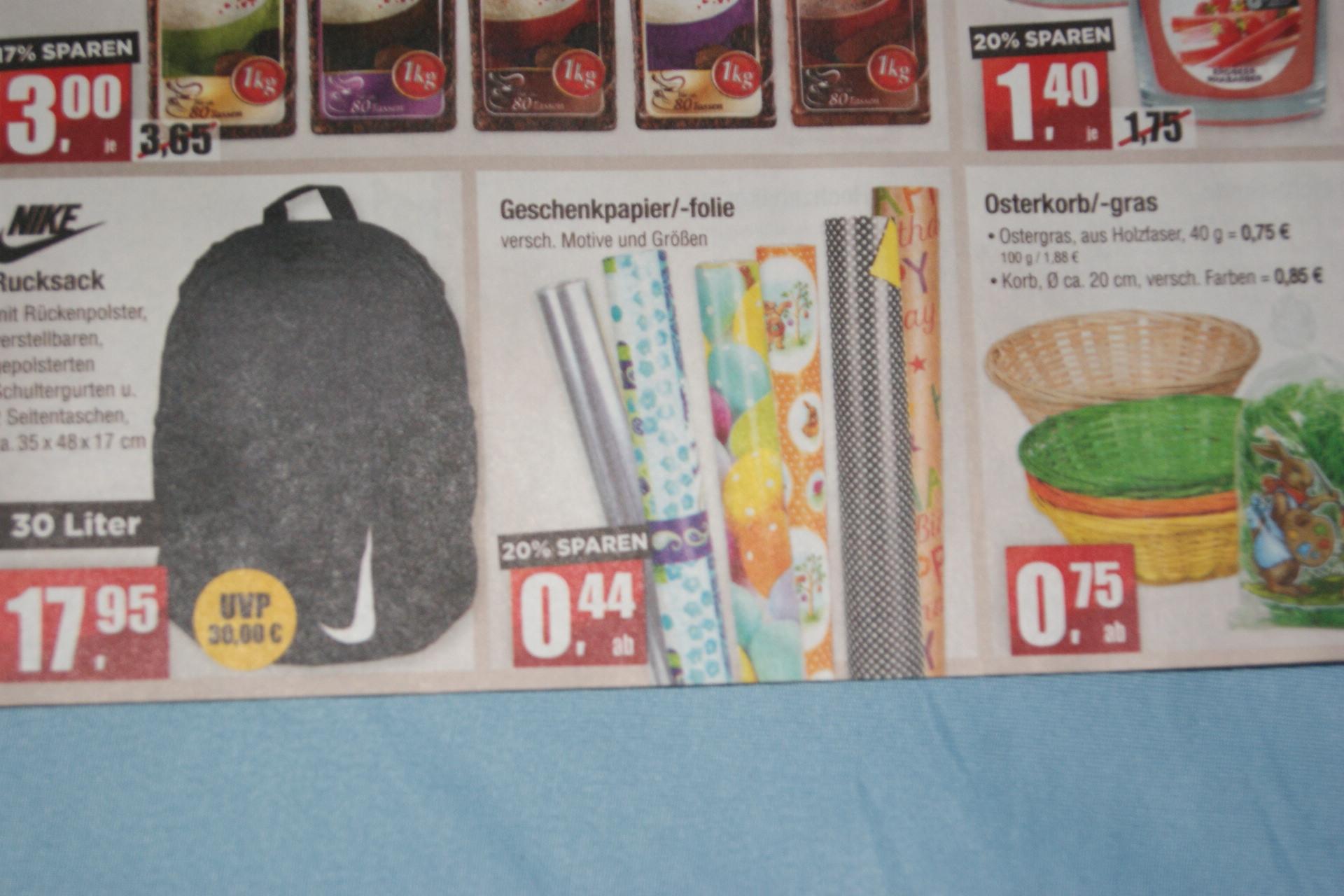 Geschenkpapier/-folie je Rolle nur 44 Cent bei Mäc-Geiz bundesweit ab 15.4.