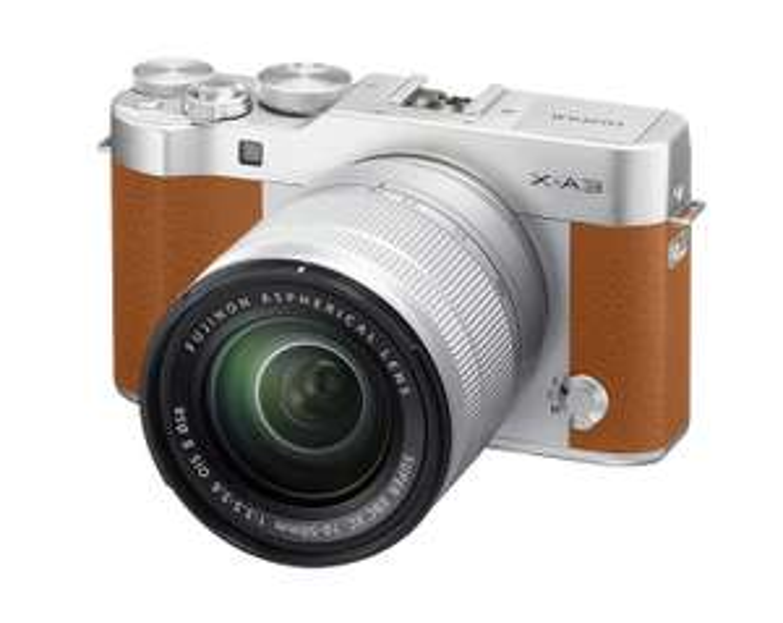Fujifilm X-A3 Systemkamera braun inkl. Fujinon XC16-50F3,5-5,6 Objektiv