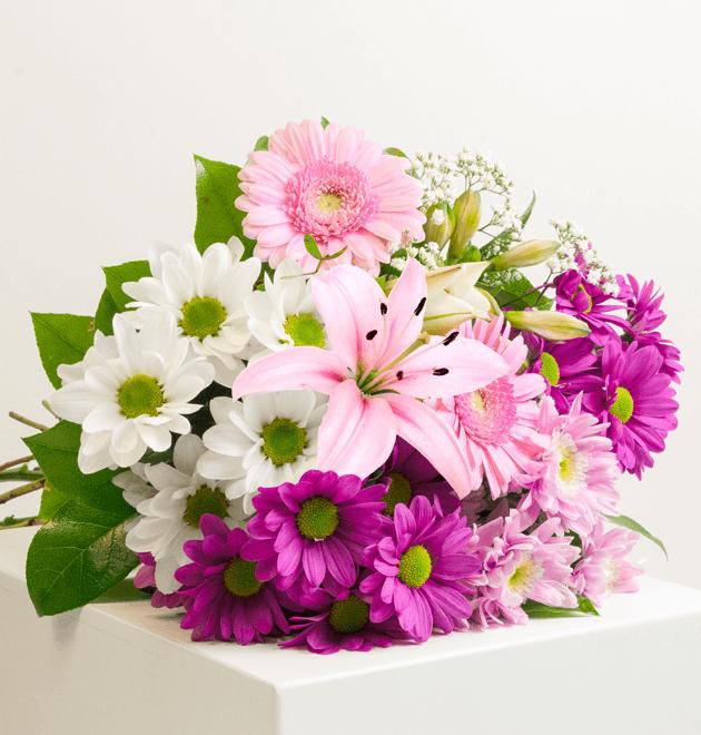 """Blumenstrauß """"Beste Mama"""" zum Muttertag"""