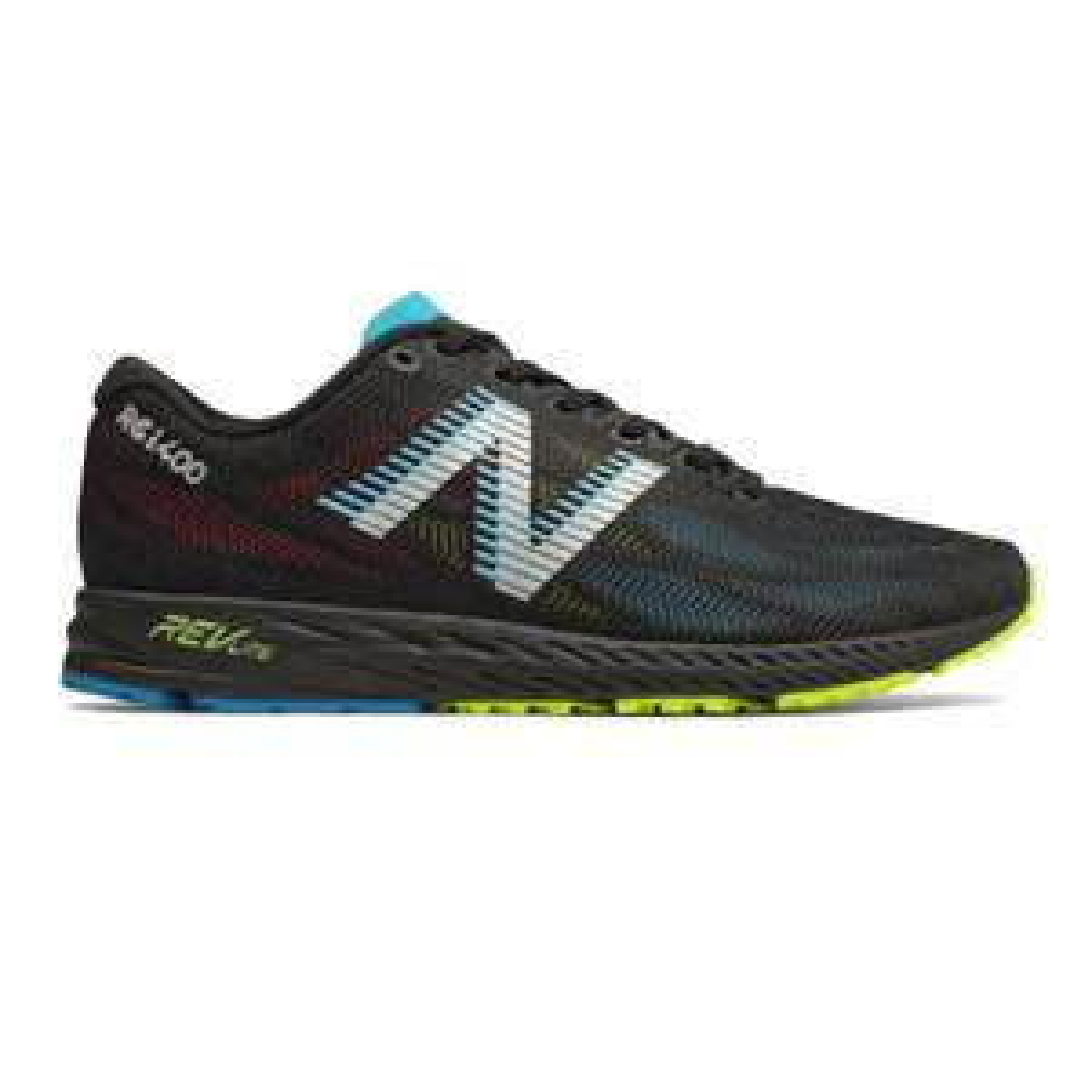 SportsShoes.com / New Balance 1400 V6 (neutraler Wettkampfschuh/Trainer)