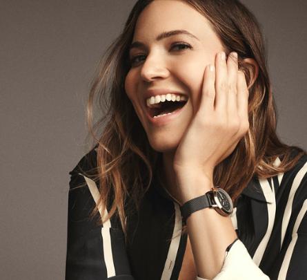 17 ausgewählte Hybrid Smartwatches für Damen für jew. 99€