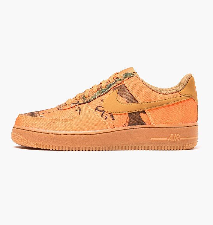 20% Extra Rabatt auf alle Sneaker im Sale @Caliroots