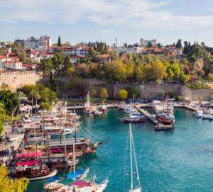 Flüge: Antalya / Türkei [Mai] Hin und Zurück von Stuttgart ab 12€ inkl. Gepäck