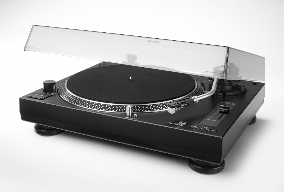 Dual DTJ 301.1 USB DJ-Plattenspieler 33/45 U/min, Pitch-Control, Magnet-System, Nadelbeleuchtung, USB Kabel für 109,25€ inkl. Versandkosten