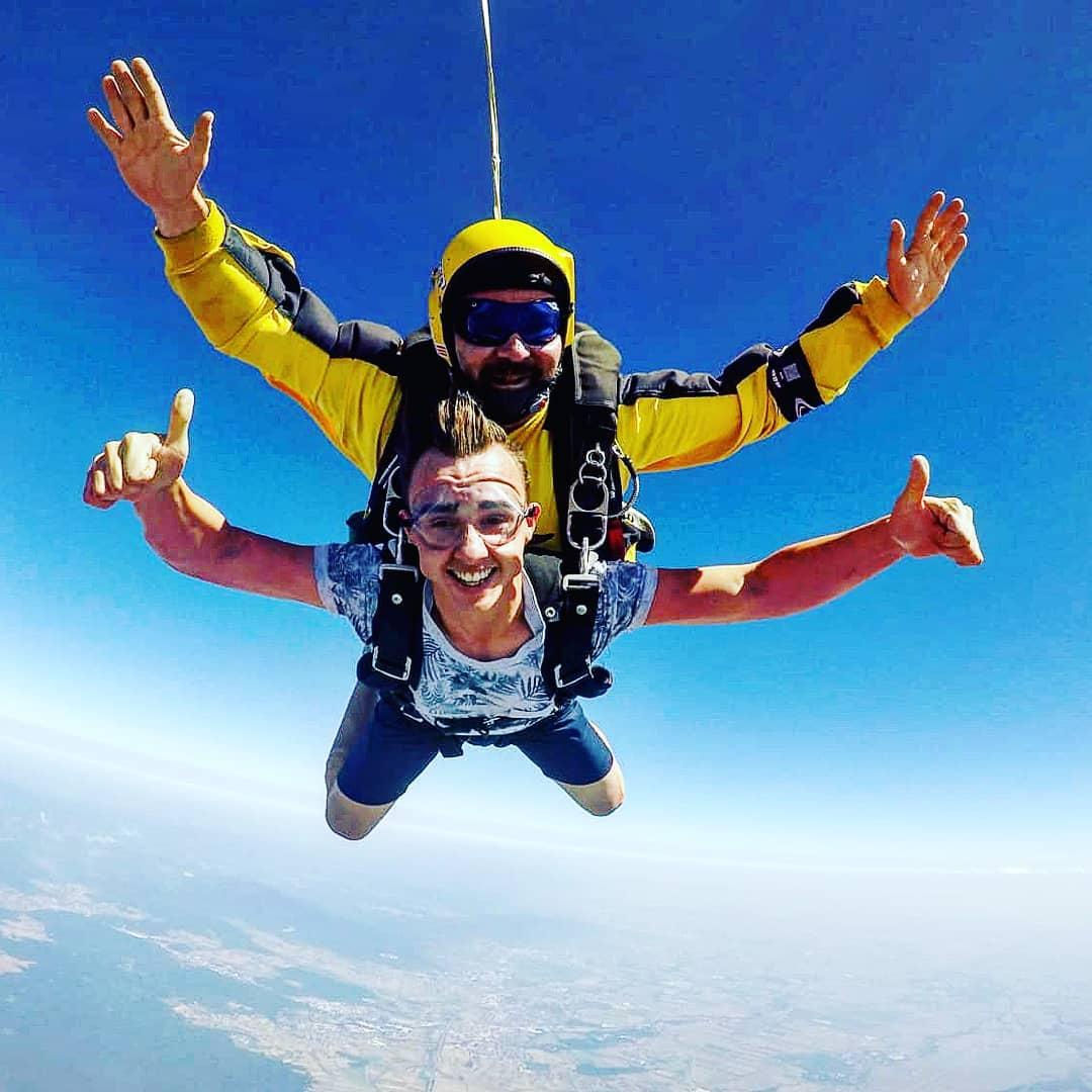 Bis zu 50% Rabatt bei JollyDay's auf fast alle Kategorien z.B. Fallschirmsprung ab 99€ oder Heißluftballon-Fahrten ab 100€