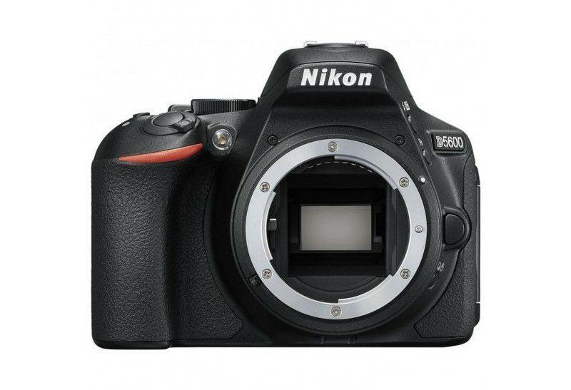 Nikon D5600 mit Direktabzug bei Amazon