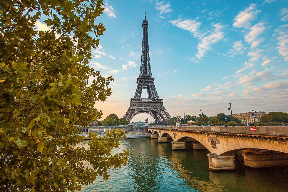 Flüge: Paris [August - Oktober] Hin und Zurück von Berlin ab 50,77€ / ab 40€ p.P. bei einer Reise zu zweit inkl. Handgepäck