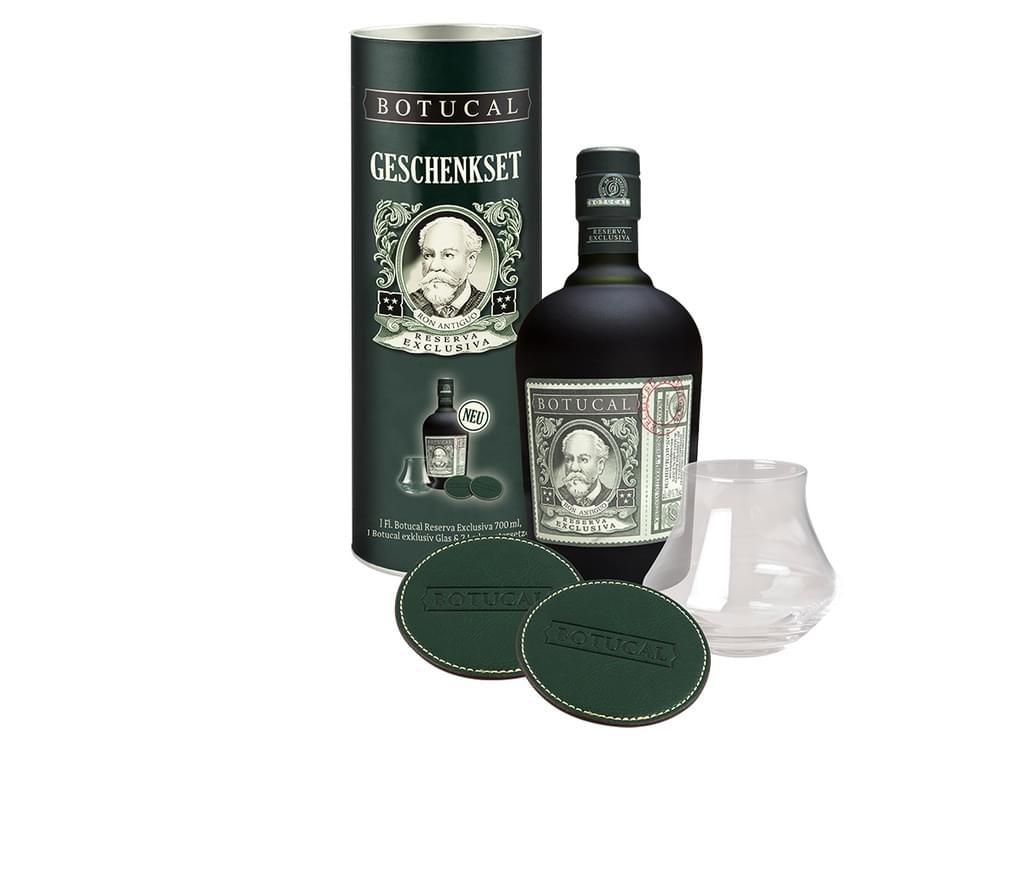 Botucal Reserva Exklusiva Rum + Glas und 2 Lederuntersetzer - Geschenkset bei [Real.de]