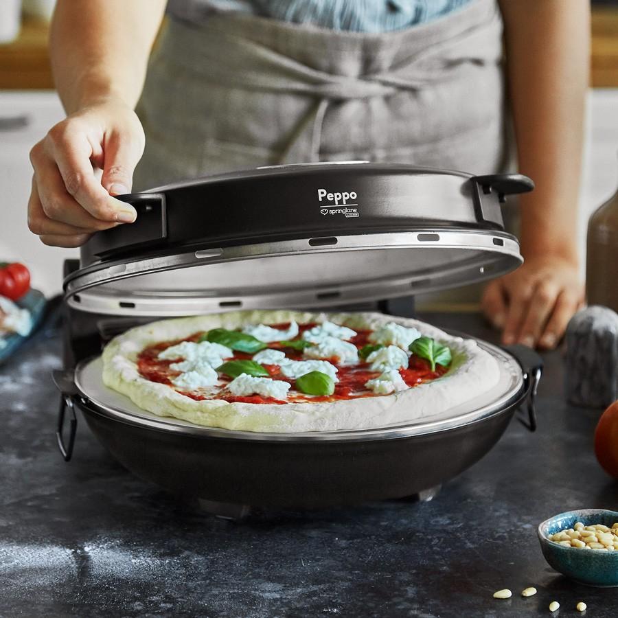 Pizzaofen Peppo in Schwarz für 49,90€ | mit Emaille-Bratpfanne (Ø 26 cm) für andere Speisen