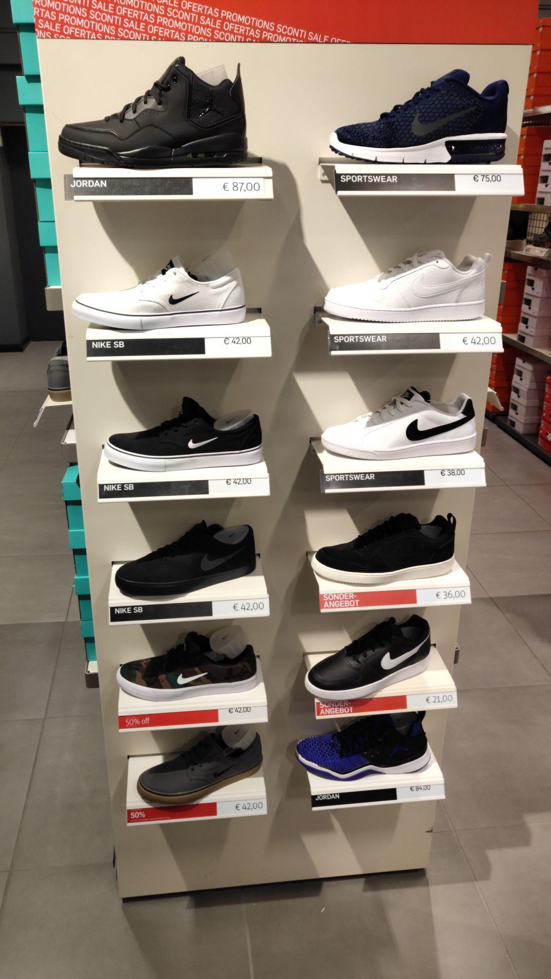 [Lokal] Nike SB Zoom Stefan Janoski Canvas 50%