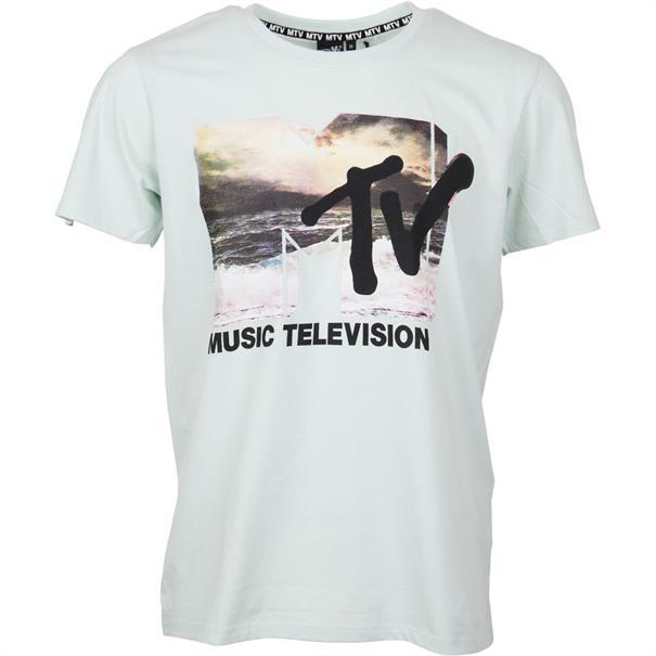 5 T-Shirts (Jack & Jones, S.Oliver, Only & Sons) für 25,10€ bzw. 30€ inkl. Versand
