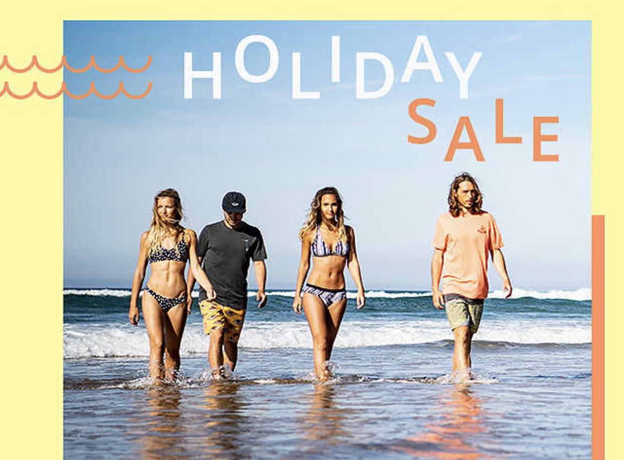 Blue Tomato Holiday Sale bis zu 80% auf Streetware und Bademode