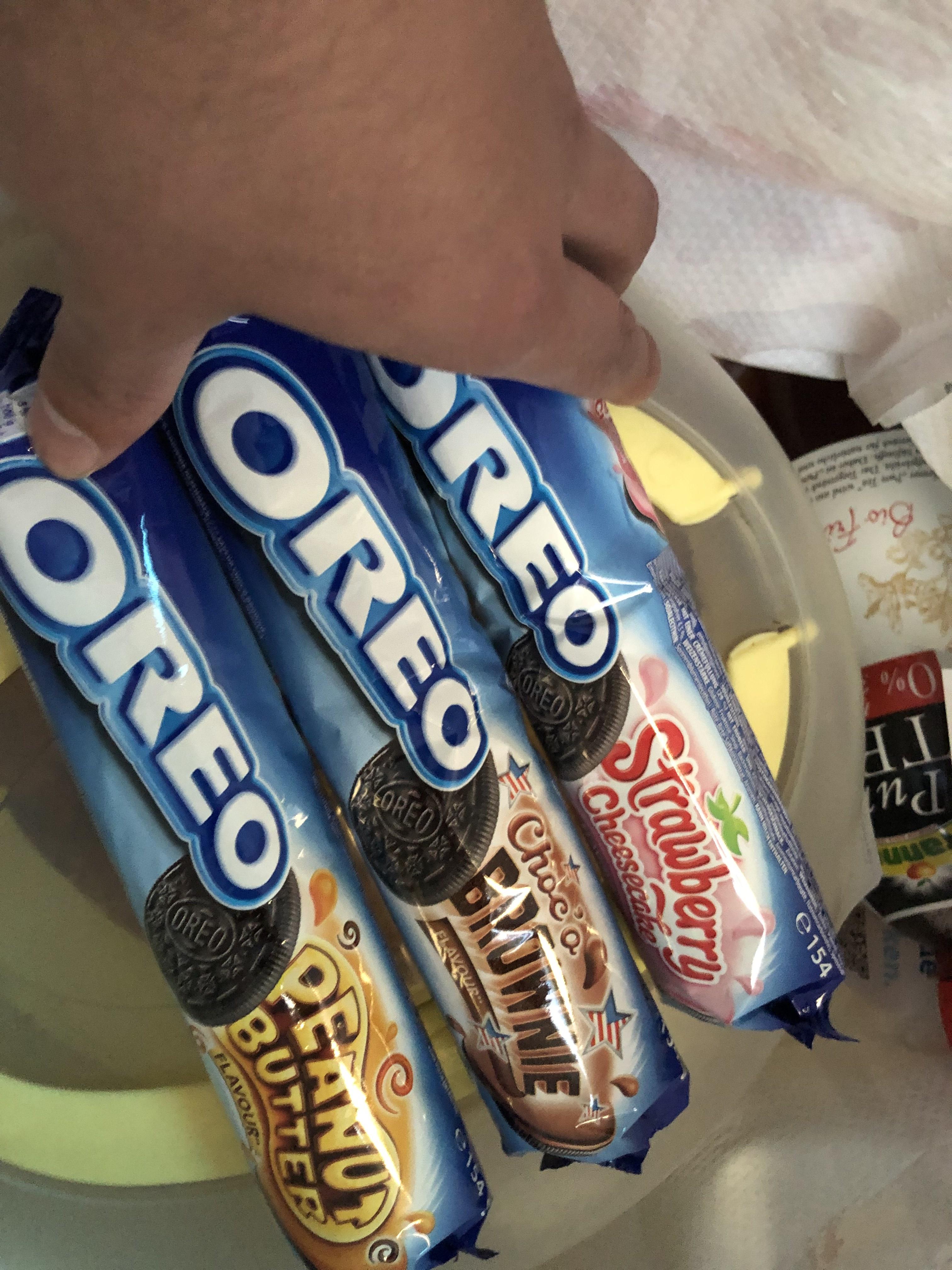 [Lidl Bundesweit] Oreo Strawberry Cheesecake, Brownie, Peanut Butter, Golden, Double Cream und Normal