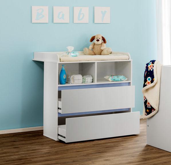 Trendstabil Babyzimmer Wickelkommode für 22,94€ oder Regal mit Wechselblende in Rosa und Blau für 18,44€ inkl. Versandkosten
