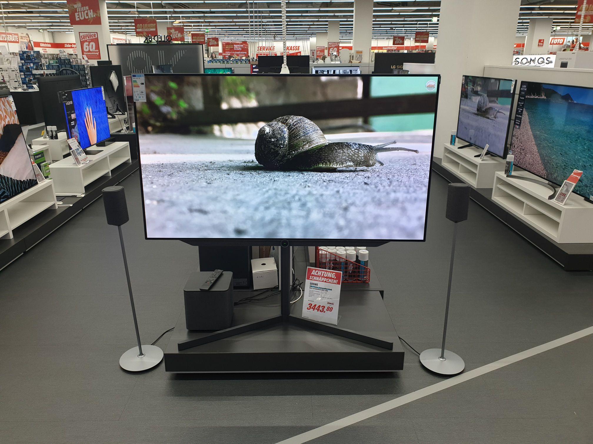 Loewe Bild 7.65 inkl. Boxen und Fuß  Bildschirmdiagonale 164cm Bildqualität UHD 4K