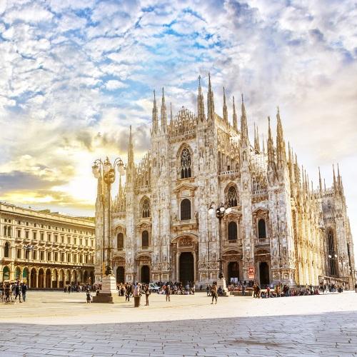 Flüge nach Mailand/Bergamo im Sommer hin und zurück von Frankfurt, Bremen, Berlin, Köln, Stuttgart, Düsseldorf und Nürnberg (Juni - Juli)