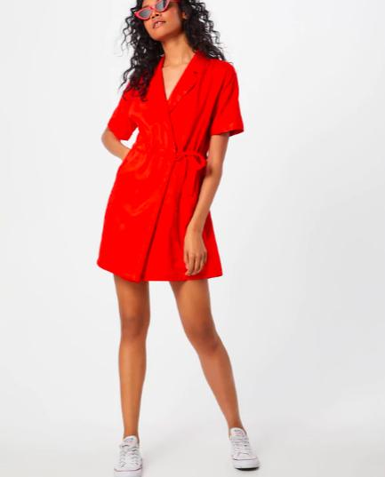 15% extra Rabatt auf Sale bei AboutYou (MBW: 75€), z.B. kurzes Wickelkleid von Vero Moda in 3 Farben
