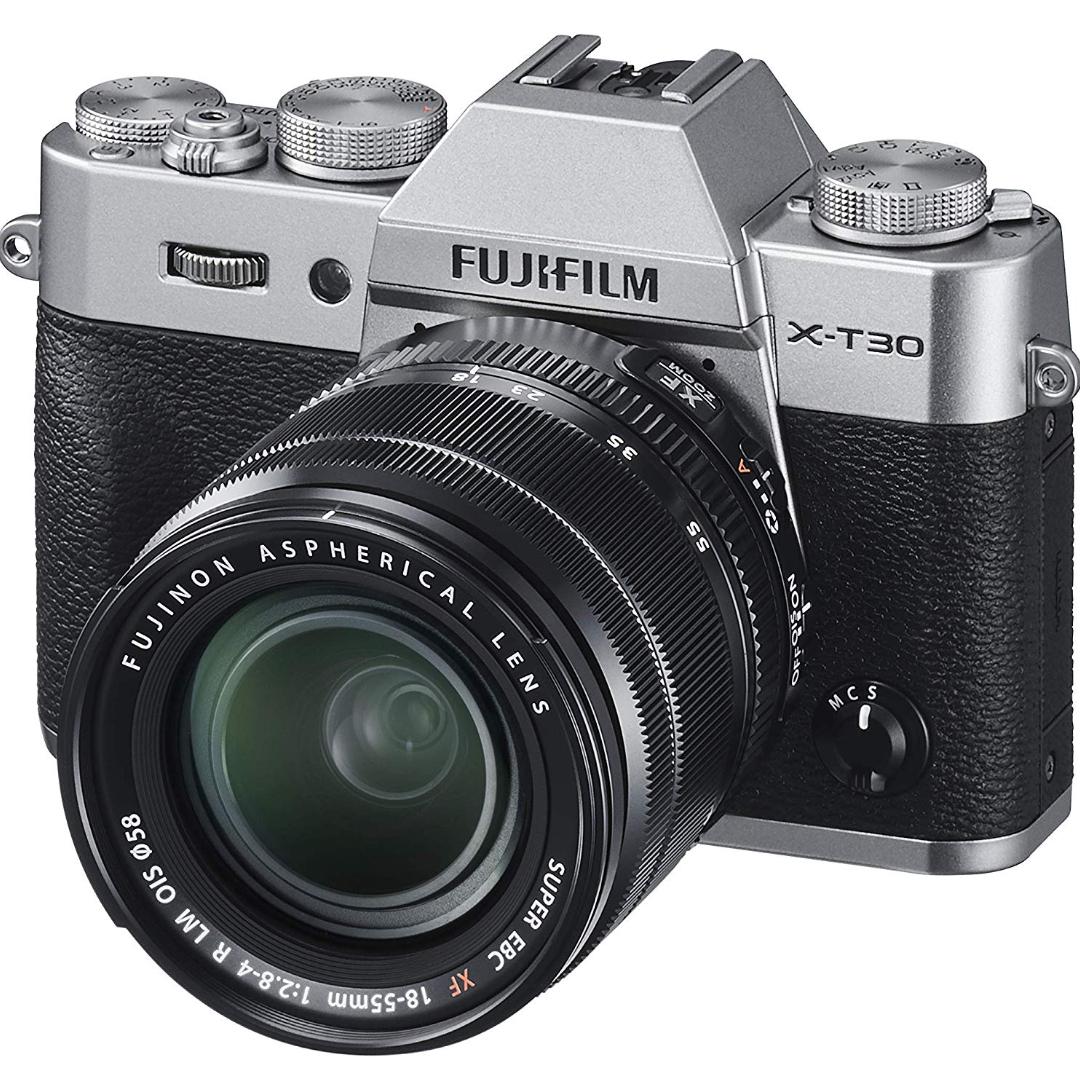 FUJIFILM X-T30 Systemkamera KIT (SILBER) + XF 18-55mm F2.8-4 R LM OIS