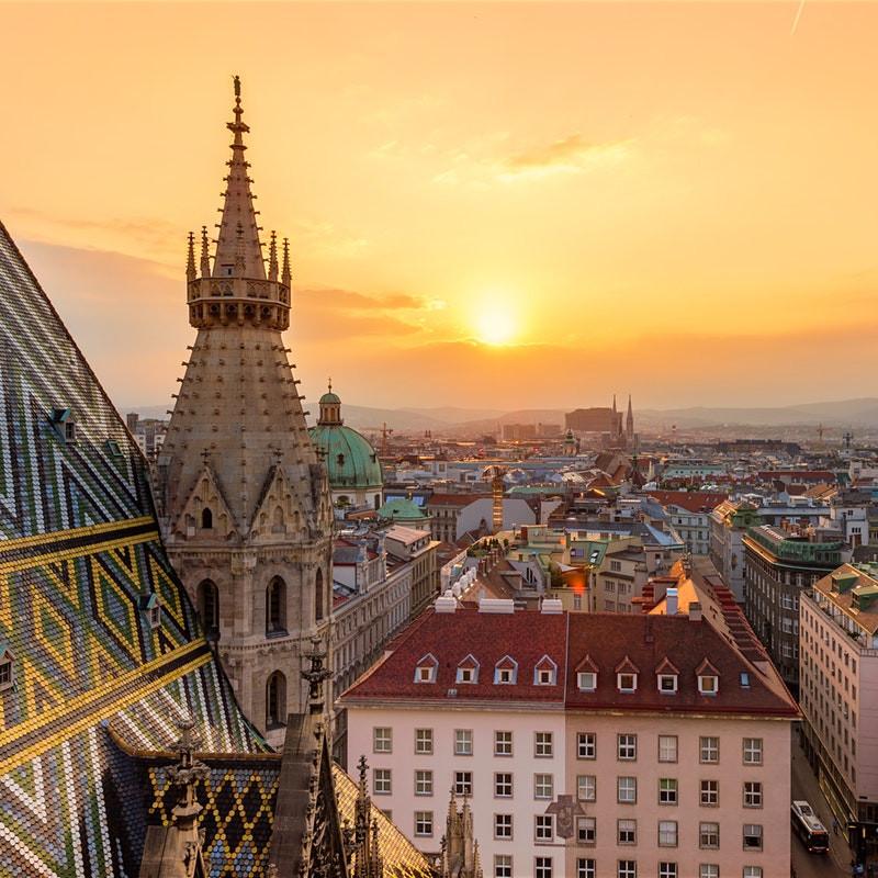 Flüge nach Wien hin und zurück von Stuttgart (Juni - Juli) ab 19,98€